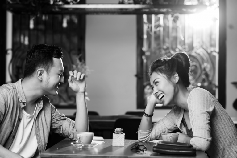 5 Ideas for Keeping First Date Conversation Flowing   Matchmaking in Des Moines, Iowa